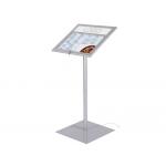Atril porta menus de exterior con luz led con base de acero capacidad dos páginas tamaño A4 115x45x45 cm