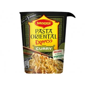 Pasta oriental Maggi cup curry racion individual calentar en microondas y listo 61 g