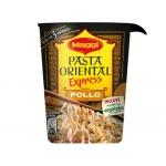 Pasta oriental Maggi cup pollo racion individual calentar en microondas y listo 61g