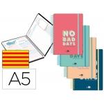 Liderpapel Classic - Agenda escolar, 2020-2021, tamaño A5, impresión día página en catalán, tapa cartón laminado, encuadernada con espiral, cierre con goma