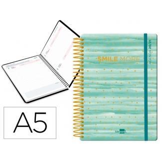 Liderpapel Fantasía Smile More - Agenda escolar, 2020-2021, tamaño A5, impresión día página, tapa cartón laminado, encuadernada con espiral, cierre con goma